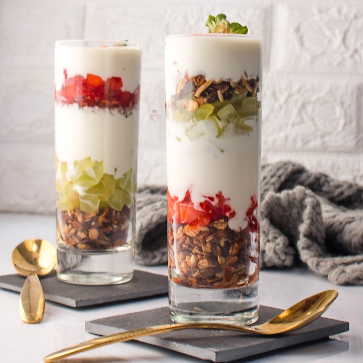 Fruity Yoghurt Parfait - With Strawberry, Grape & Granola