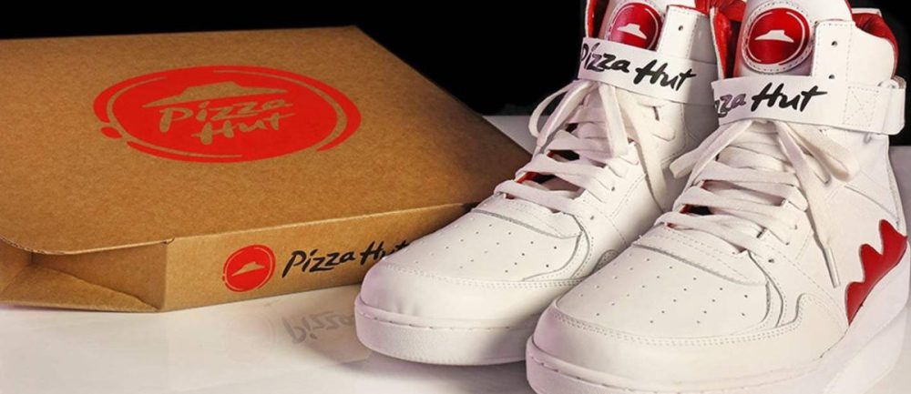 Pizza Hut-order-shoe