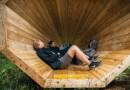 Gigantyczne drewniane megafony, wzmacniające dźwięki lasu w Estonii