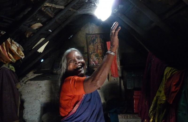 illuminazione-sostenibile-liter-of-light1