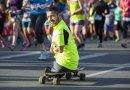 Mężczyzna bez rąk i nóg ukończył maraton w Calgary