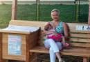 Pierwsza na świecie ławka dla mam karmiących