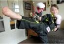 Dziewczynka z brytyjskiego Redruth, która zaczęła trenować kick boxing, żeby obronić się przed szkolnymi dręczycielami, zdobywa mistrzostwo świata