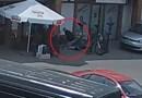 Udana akcja reanimacyjna, policjant z uratował starszego mężczyznę