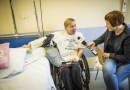 Wrocław: Od 28 lat jeździ na wózku. Po operacji może być w pełni samodzielna