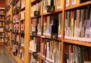 Bibliotekarka z Ciechanowa znalazła w książce 8 tys. zł – pieniądze wróciły do właścicielki