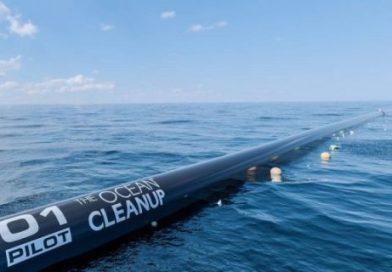 Ogromna maszyna oczyści ocean z wielkiej plamy śmieci. Wypływa już we wrześniu