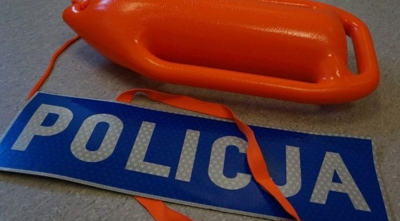 spotyka się z policjantem z Australii