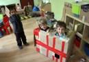 Zabrali przedszkolakom zabawki, a te są zachwycone