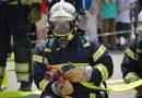10-letnia Gabrysia z Szydłowca uratowała swoją rodzinę. Kiedy dziewczynka zobaczyła, że w domu pali się butla z gazem zadzwoniła pod numer alarmowy i powiadomiła pogotowie gazowe.