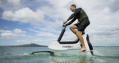 Rower wodny przyszłości. Doskonały wynalazek do relaksu na różnych akwenach