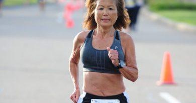 71-latka pokonała półmaraton w 1:37:01. bijąc rekord świata!
