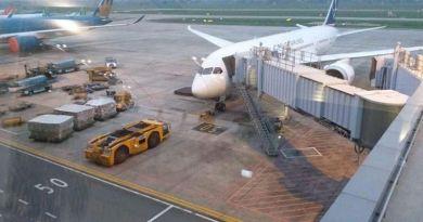 W Warszawie samolot z darem od społeczności wietnamskiej