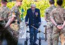 99-letni weteran zebrał 2 mln funtów dla służby zdrowia