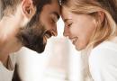 36 pytań, które zbudują intymność. Badacze dowiedli, że dzięki nim relacje są trwalsze