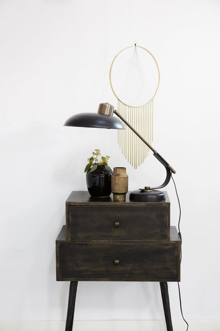 minimalistyczny stolik noc