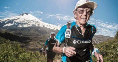 Zaczęła biegać w wieku 62 lat. Od tego czasu wzięła udział w 50 maratonach