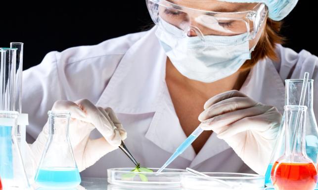 3043841 laboratorium naukowca badanie 643 385