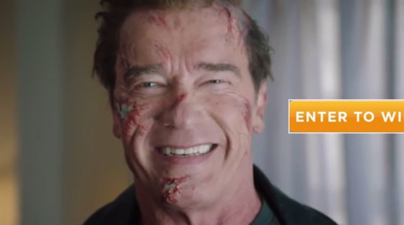 Arnold Schwarzenegger robi dowcipy fanom jako Terminator