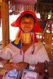 Wioska kobiet z długimi szyjami (3)