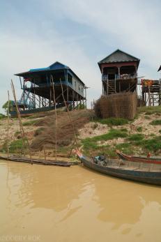 Kampong Khleang wioska na palach (8)