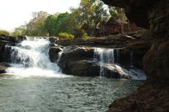 Wodospady dookola Bolaven Plateau w Losie (6)