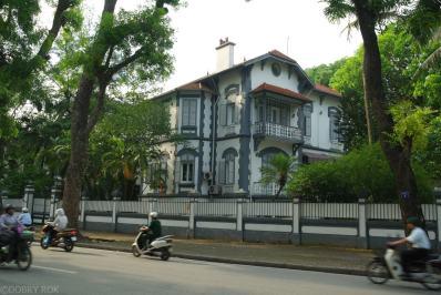 Kolonialne zabytki Ha Noi (3)