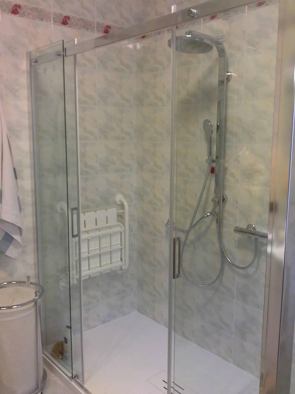 Vasca Da Bagno Su Misura : Bagno con doccia e vasca da bagno doccia con vasca doccia con