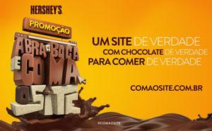 Sacada inédita no Brasil consumidores premiados com com pedaços de 1,5 quilo de chocolate.