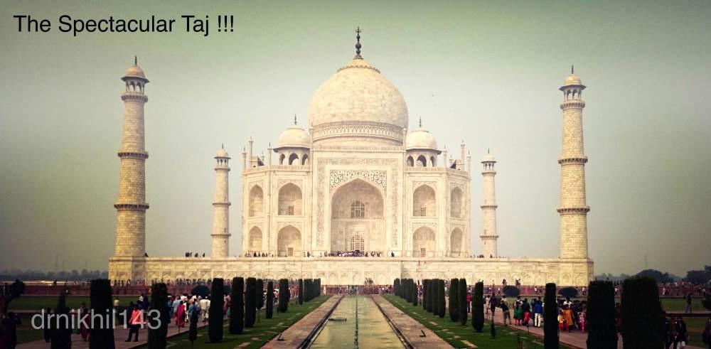 Short trip to Taj Mahal (1/6)
