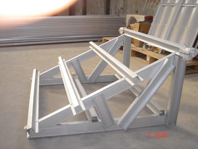 koefisien reng baja ringan studi perbandingan rangka atap pryda dengan