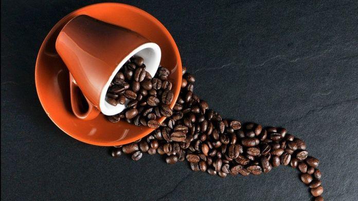 ¿El café mejora o agudiza el dolor de cabeza? (Foto: Pixabay)