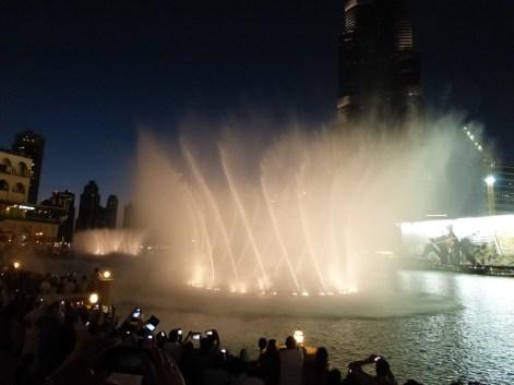 Dancing fountain at Burj Khalifa