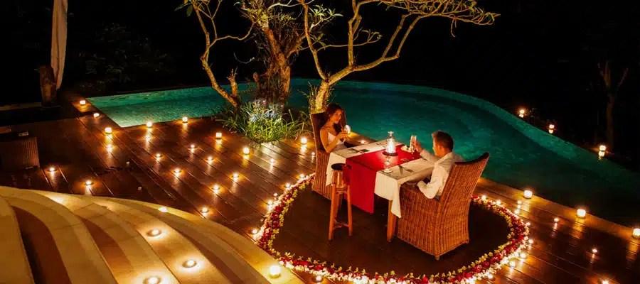 diner romantique piscine jardin