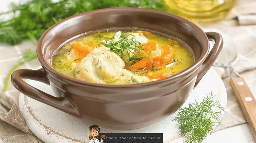 soupe de légumes riche en légumes aromatiques