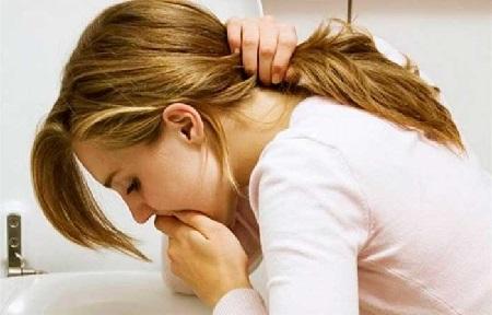 pykinimas galvos svaigimas su hipertenzija hipertenzija ir vitaminai