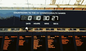 Commonwealth Games countdown, Central Station, Glasgow