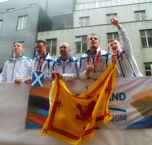 Team Scotland parades through Glasgow