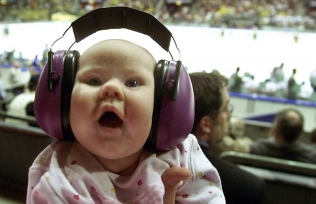 Turn it down! Millennials' music habit puts their hearing at risk: UN