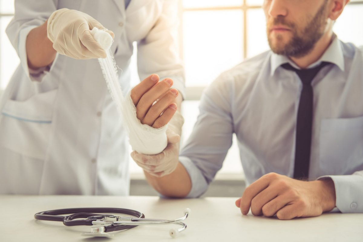 Rôle des médecins orthopédistes algériens
