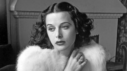 Bombshell – The Hedy Lamarr Story