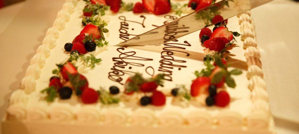 ウエディングケーキ ケーキカット 結婚式