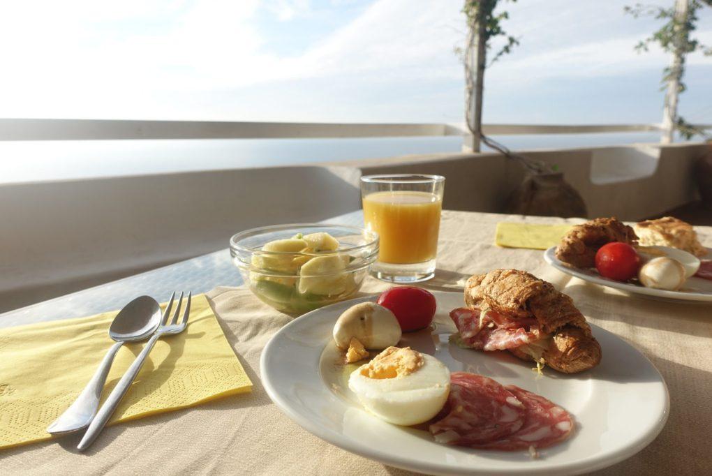 朝食 アマルフィ ハネムーン