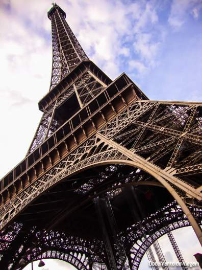 torre-eiffel-paris-documento-de-viagem-05_edited
