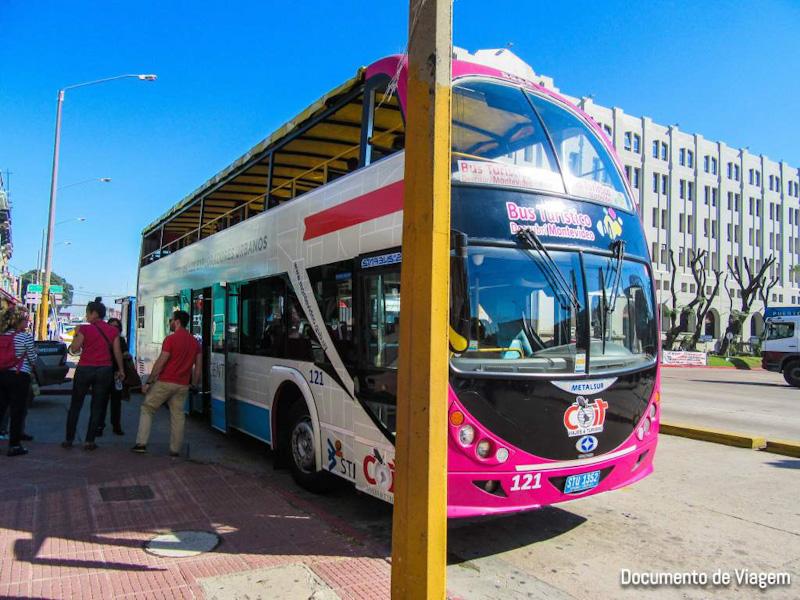 Ônibus turístico Uruguai