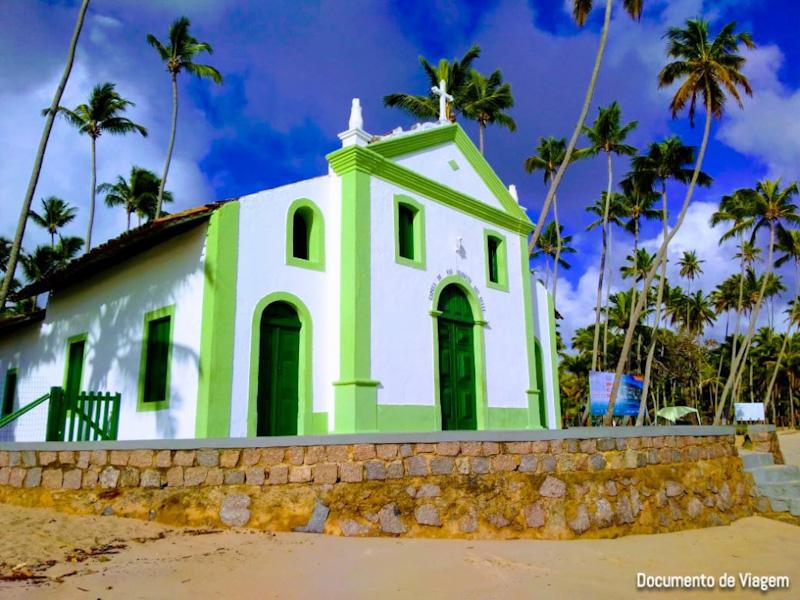 Igreja Praia dos Carneiros