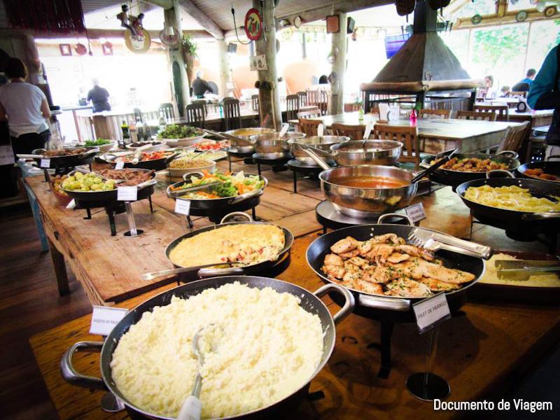Restaurante no Parque do Tarundu