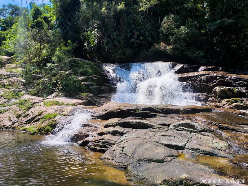 cachoeira-da-pedra-branca-paraty-8_edited