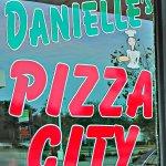 Danielle's pizza city