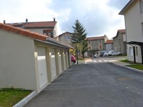 Sainte Catherine Garages